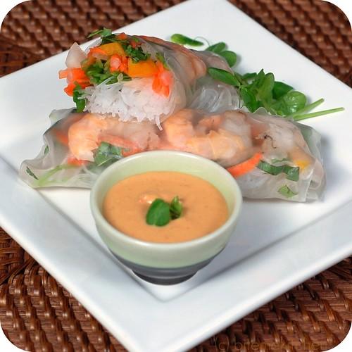 thai peanut sauce asian vietnamese shrimp Cleveland asian festival