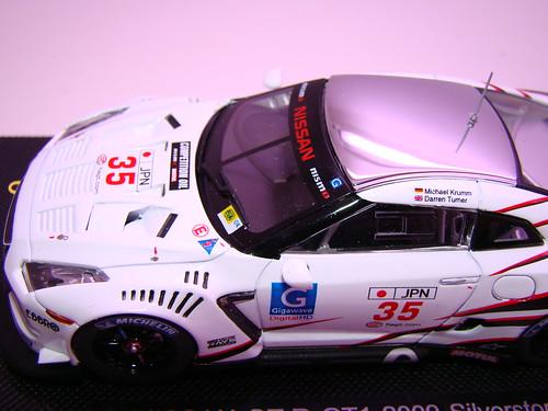 EBBRO NISSAN GT-R GT1 2009 SILVERSTONE (10)