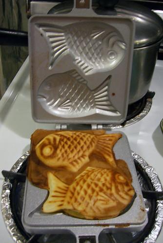 taiyaki in pan