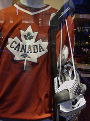 2010 VANCOUVER WINTER OLYMPIC GAMES | ROOTS GEAR