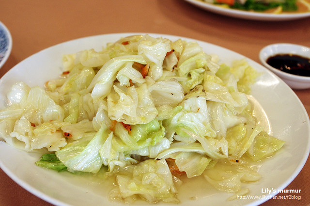 清脆爽口的櫻花蝦高麗菜,清甜好吃。