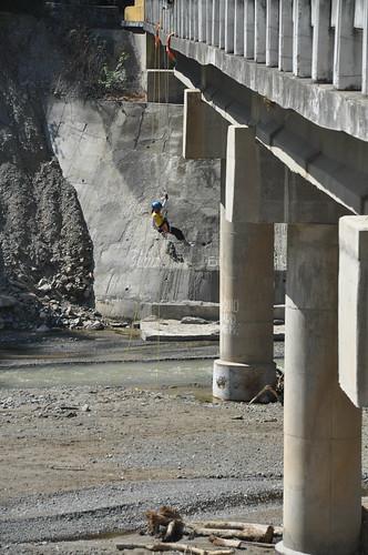 Rappelling in Bokod Bridge
