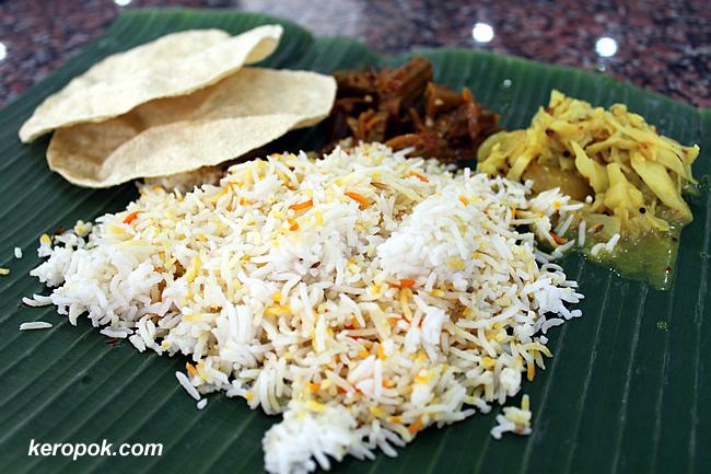 The Nasi Briyani with Papadams, Cabbage and Okra