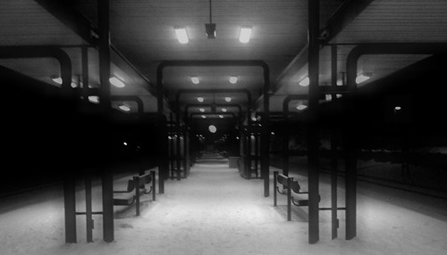 Stuvsta train station in snow