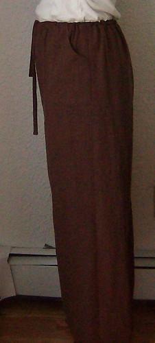 linen pants side