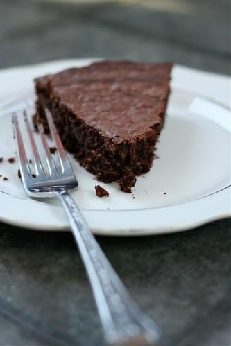 Double Chocolate Macaroon Cake 2