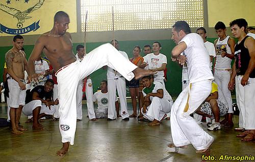 Capoeira Raízes 36 por você.