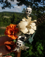 The grooms boutonniere.