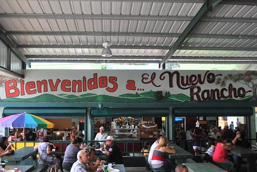 La lechonera El Nuevo Rancho, Guavate, PR