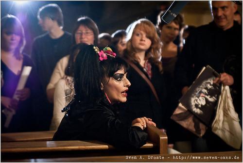 Nina Hagen bei einem Interview mit dem WDR, geführt nach ihrem Auftritt in der St. Pauls Kirche in Aachen.