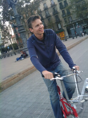 Dim rollin on Bici