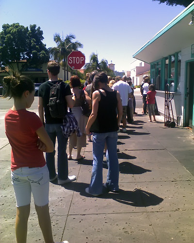 The line at La Super Rica