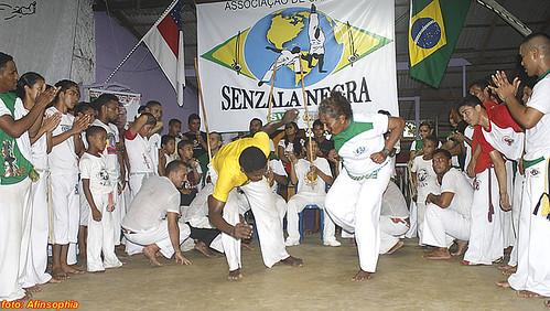 Capoeira Senzala Negra 51 por você.