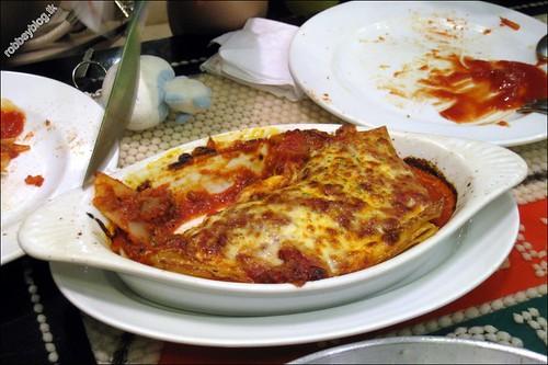 RobbeyPizza0040