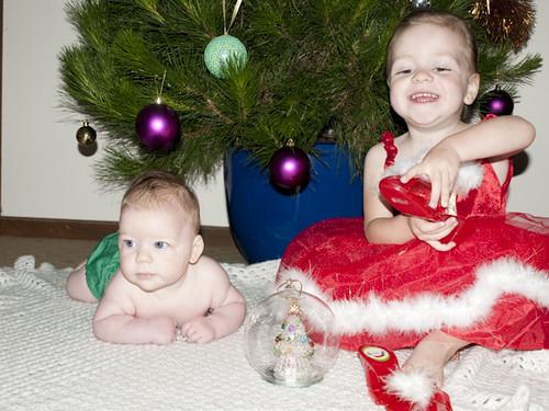 Christmas photo shoot 09 girls