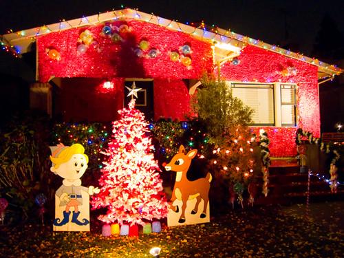 christmas_tree_lane_23.jpg