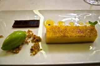 Passion fruit & basilicum ice cream
