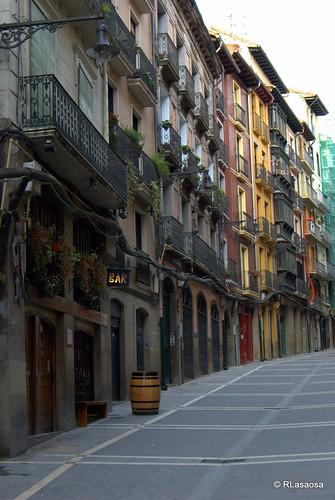 Algunas casas en la calle Curia, subiendo hacia la Catedral.