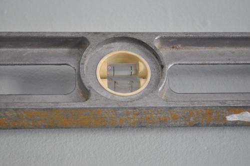level between holes