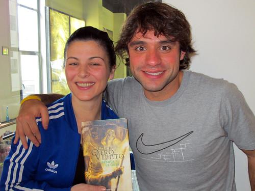 Alberto regala a Mayte