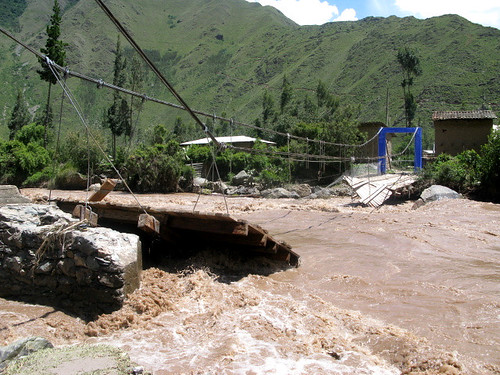 Another bridge goes down, Sacred Valley