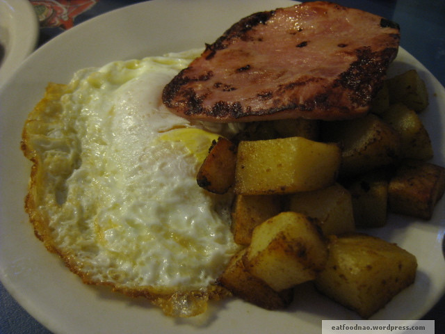 Ham, over easy eggs, potatoes