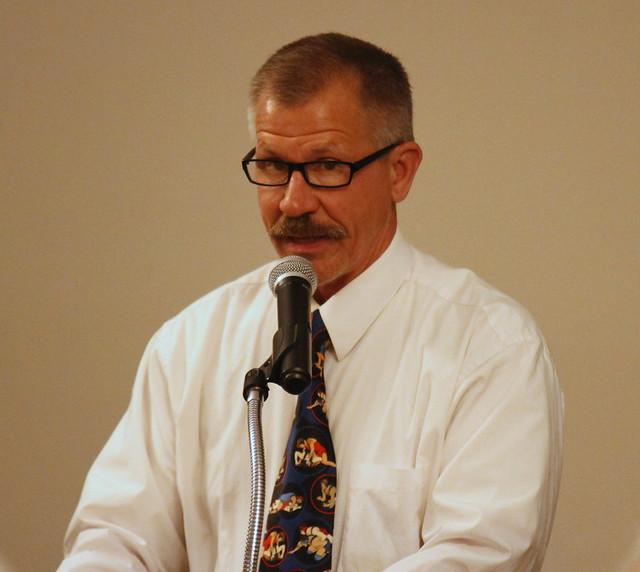 MWCA Banquet Emcee Bill Schmidt.