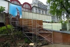 128 - 2017 04 23 - Renovatie trappen tussen berenverblijven