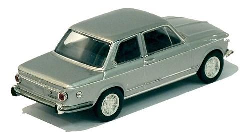 IXO BMW 2002 (1)