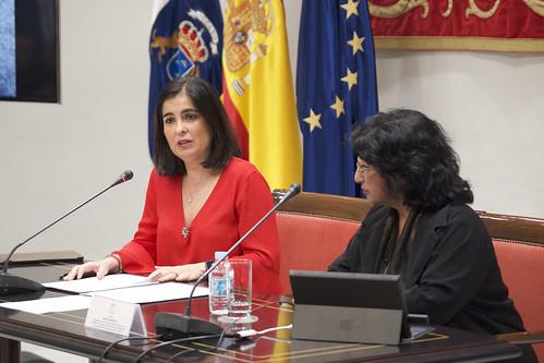 Conferencia de Nazanín Armenian