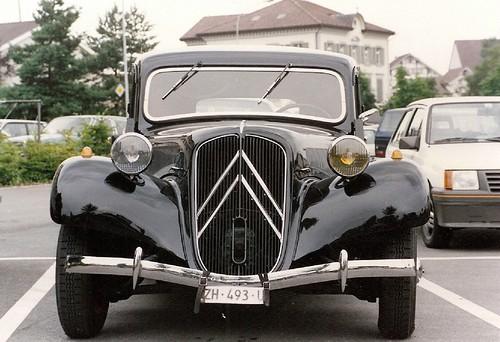 Citroën 11 CV frontale