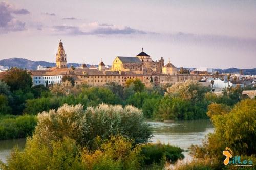 Córdoba e o Rio Guadaluivir