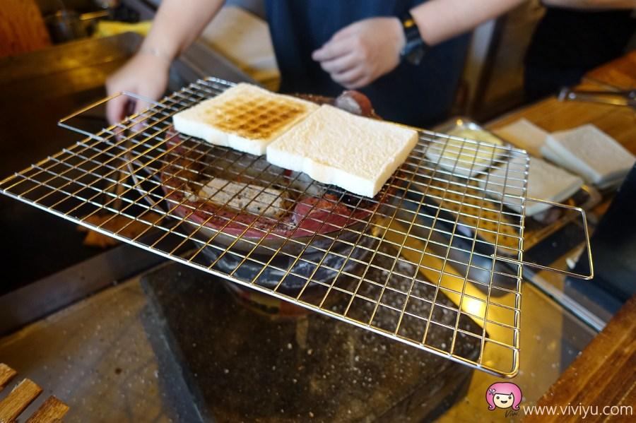 (關門大吉)[桃園.美食]克李斯碳烤土司.餐車升級版~現點現烤龍眼木碳烤桃園早餐.推薦有三種土司 @VIVIYU小世界