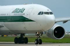 Alitalia A330-200 EI-DIP