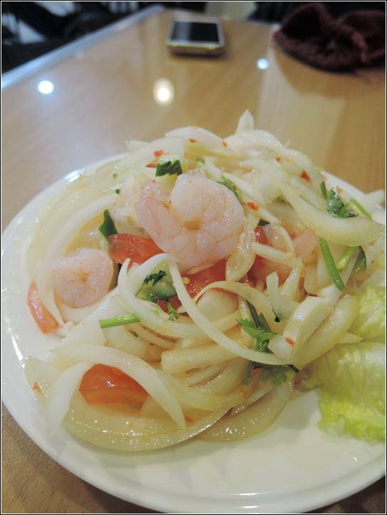 [臺中] 小西貢越南河粉-臺中越南小吃推薦 也有賣泰式小吃全部大碗好吃 | 酷麥克同名網誌