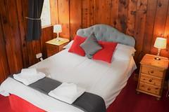 Pines - Double bedroom 2