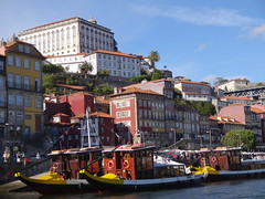 Tour boats on the docs of Ribeira