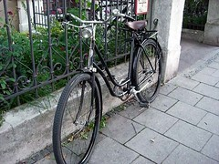 "Das Fahrrad • <a style=""font-size:0.8em;"" href=""http://www.flickr.com/photos/42554185@N00/14183969411/"" target=""_blank"">View on Flickr</a>"