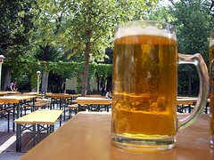 "Das Bier • <a style=""font-size:0.8em;"" href=""http://www.flickr.com/photos/42554185@N00/14187238334/"" target=""_blank"">View on Flickr</a>"