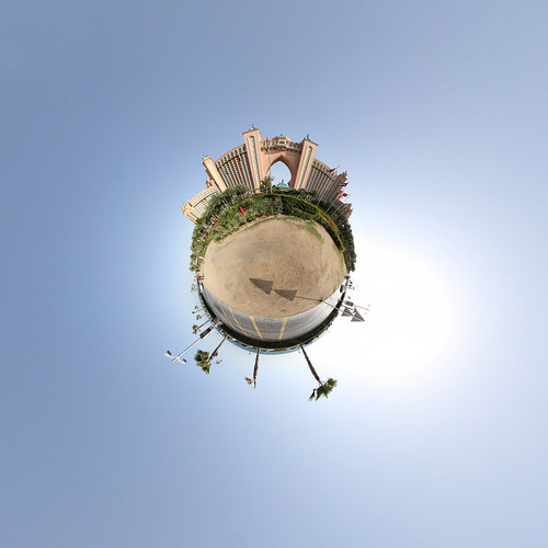 Atlantis Hotel - Little Planet