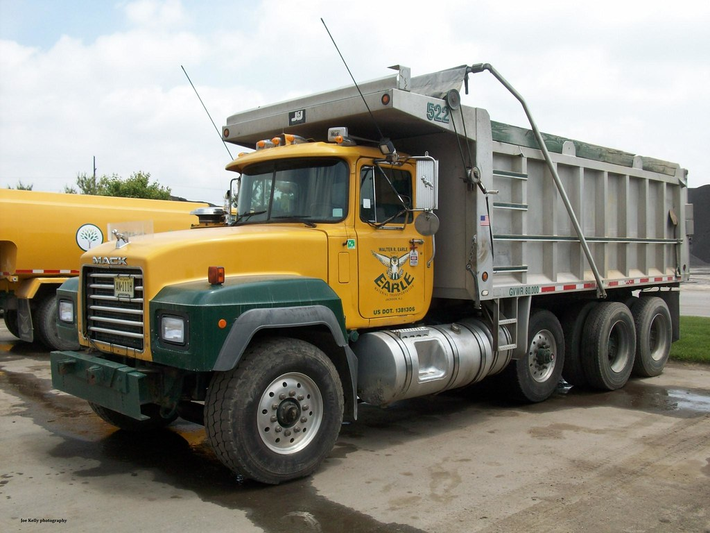 hight resolution of earle asphalt 2001 mack rd688s tri axle dump no 522 jmk40 tags