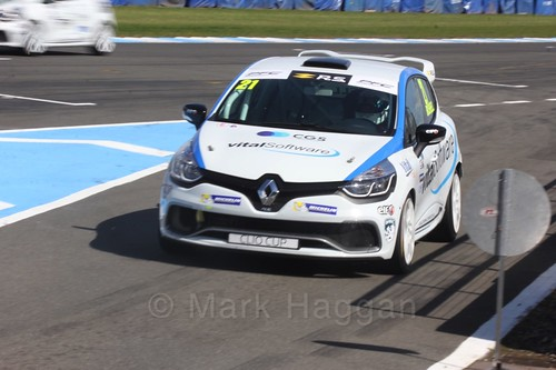 Mike Bushell in Clio Cup qualifying during the BTCC Weekend at Donington Park 2017: Saturday, 15th April