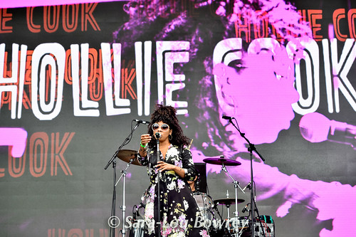 Hollie Cook at Beautiful Days 2016