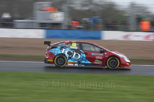 Jeff Smith in race three at the British Touring Car Championship 2017 at Donington Park