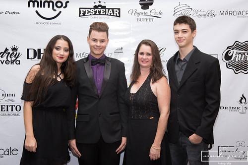 Com Leonardo Neves e Família