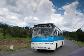 Lokal Bus