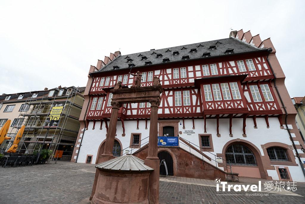 《德国自由行》六天五夜法兰克福行程攻略:斯图加特与海德堡双城游,同场加映莱茵河游船与哈瑙童话故事城。