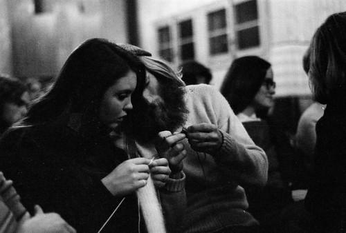 L'Abri 1971 - Knitters (3)