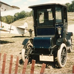 Rhinebeck 1993 - Fokker D7 and antique auto