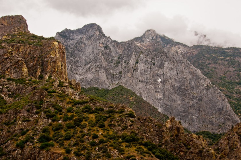 A marble terrain in the midst of the Sierra Nevada